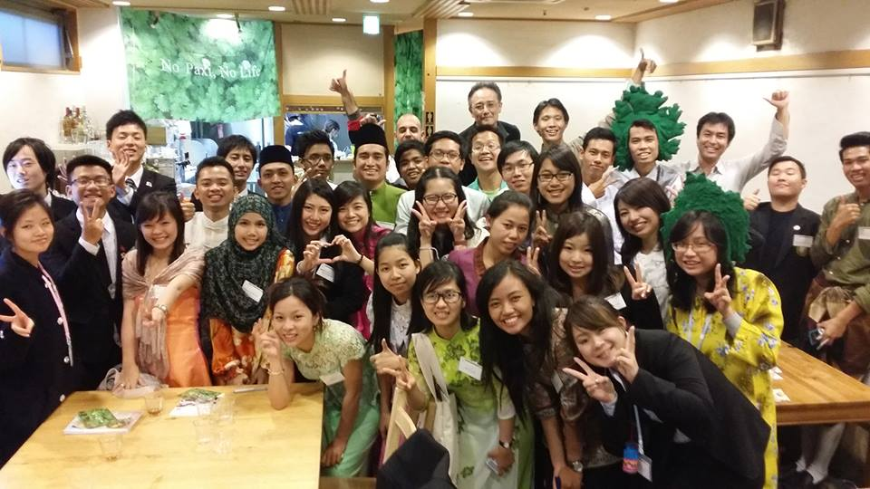 ASEAN学生31人がご来パク