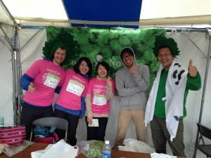ボランティアスタッフのマット、アリママ、なかむー、ありがとう〜!